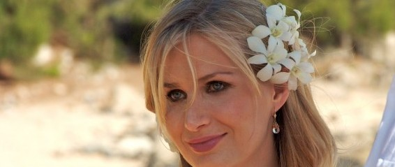 Diana's Wedding Hairstyle for a Beach Wedding